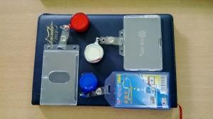 Bao đeo thẻ nhân viên Bao thẻ mica bao thẻ nhân viên cao cấp ngang- đứng bao thẻ nhựa bảng tên cao cấp mica,BAO CHỨA THẺ NHÂN VIÊN NHỰA ,HỘI NGHỊ ,CỨNG DẺO , DA , SIMILI