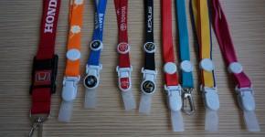 dây đeo thẻ thái lan : 1.2cm poly bóng in nổi logo : dây đeo thẻ toyota , lexus bmw ,honda thailanddây đeo thẻ fullset