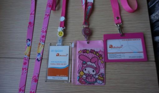 dây đeo thẻ hồng phấn bao đeo thẻ hồng phấn cao cấp